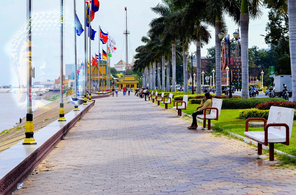 Phnom-Penh-Tonle-Sap-Cambogia.JPG