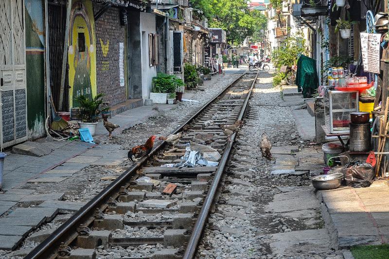 La via con il treno di Hanoi