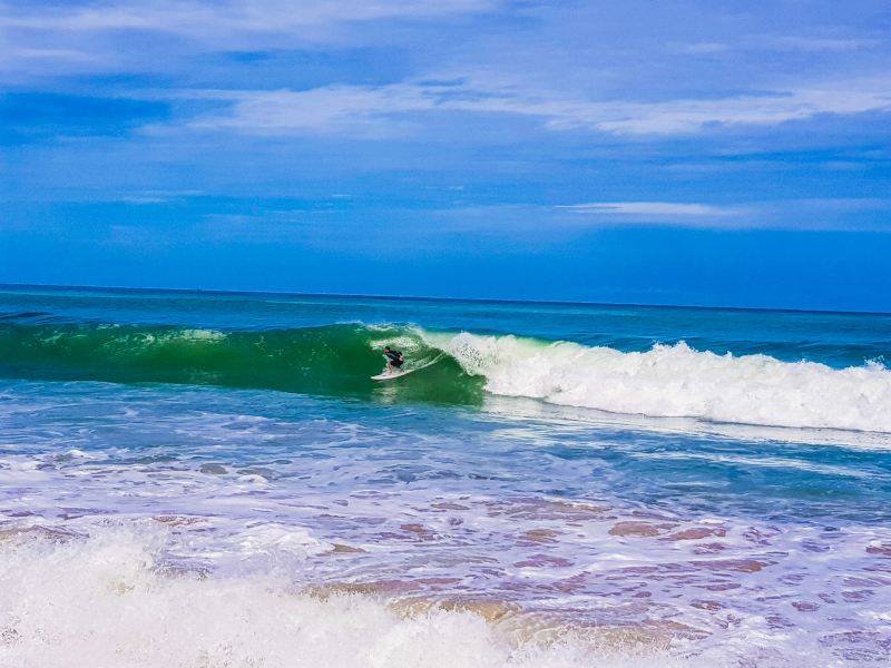 Phuket_Surin_Beach_fare_surf