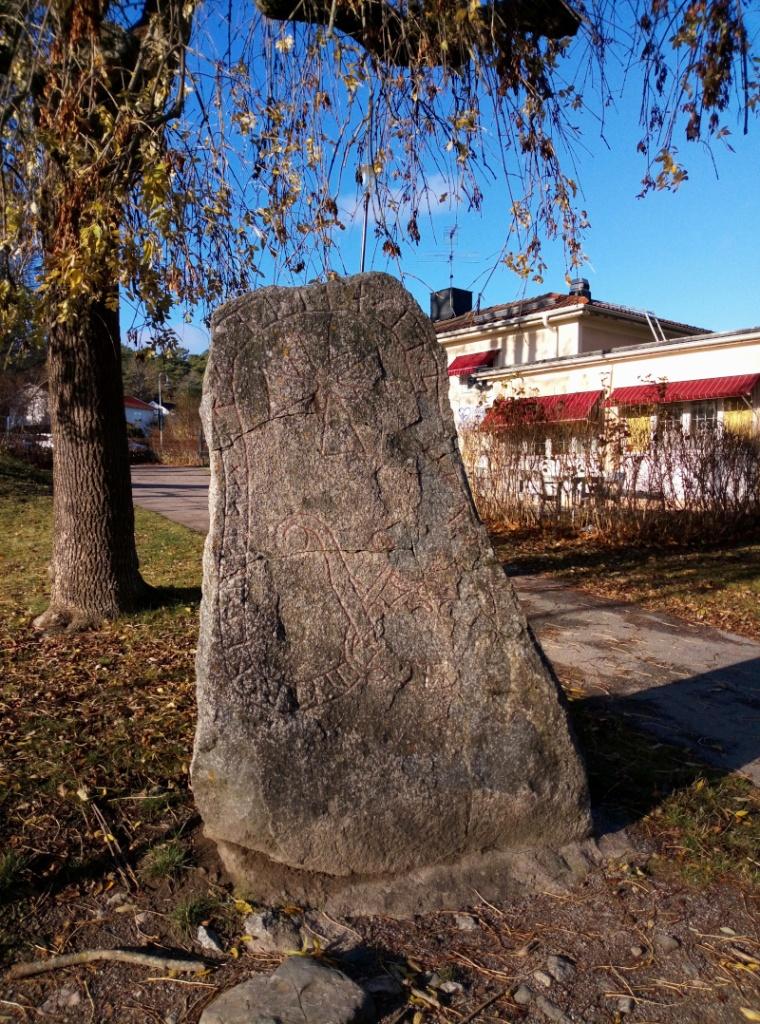 Sigtuna-pietre-runiche