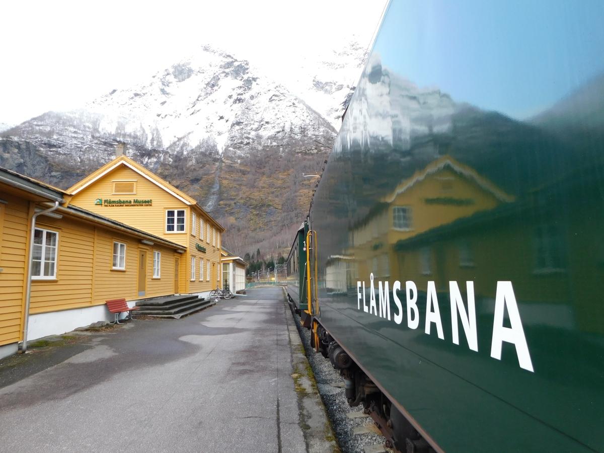 Flåmsbana: l'incredibile viaggio in treno